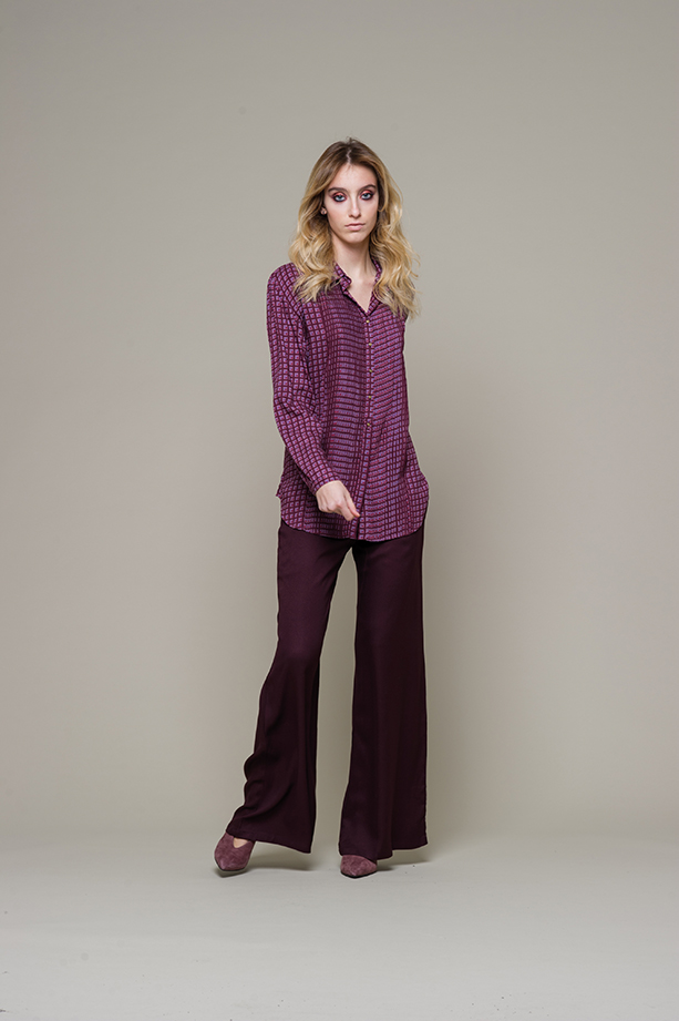 maglia F 11 M top L6 46 S pantalone L6 39 B
